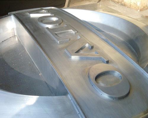 Metal-mould-fabricating.jpg